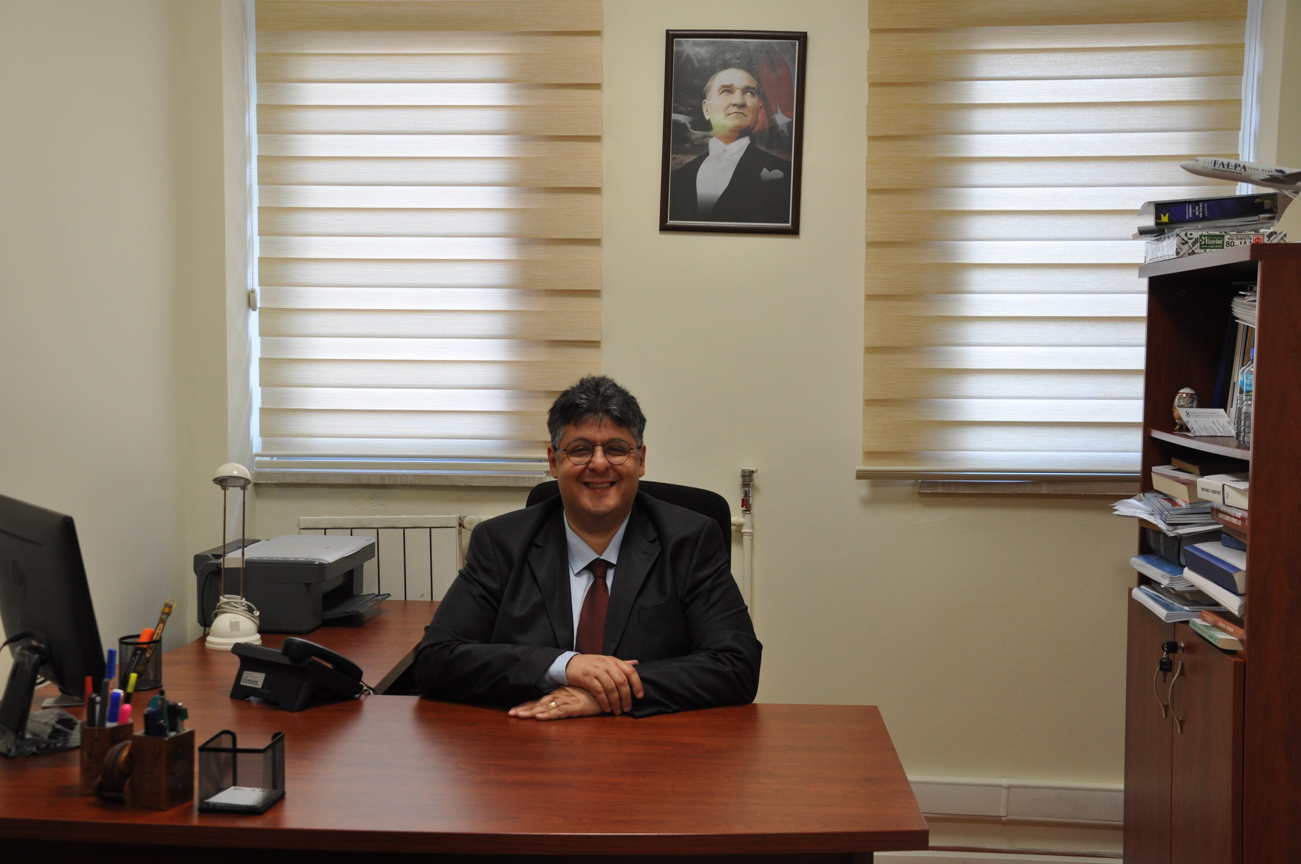 Prof. Dr. Oğuz Karadeniz